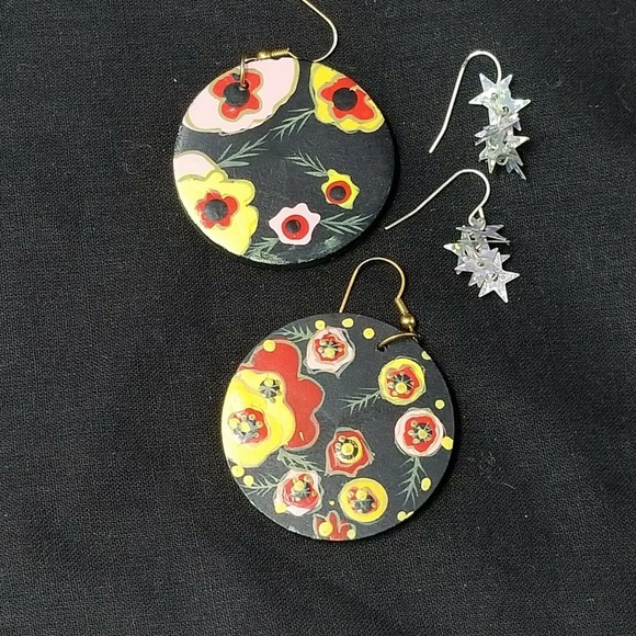 Lot of 2 earring sets